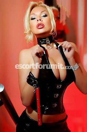Monica Milano  escort girl