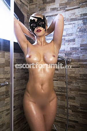 CAT-WOMAN Catania  escort girl
